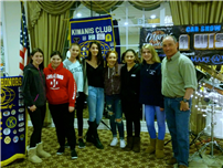 Middle School Builders Club Lends a Hand to Kiwanis